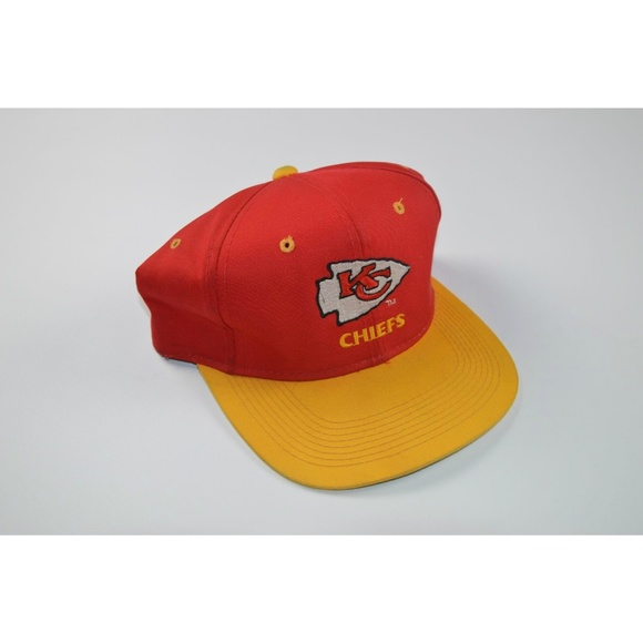 39c4b25e2aa02 Vintage 90s Youngan Snapback Hat Cap Red Yellow. M 5b0722de05f430f2b037d8f2